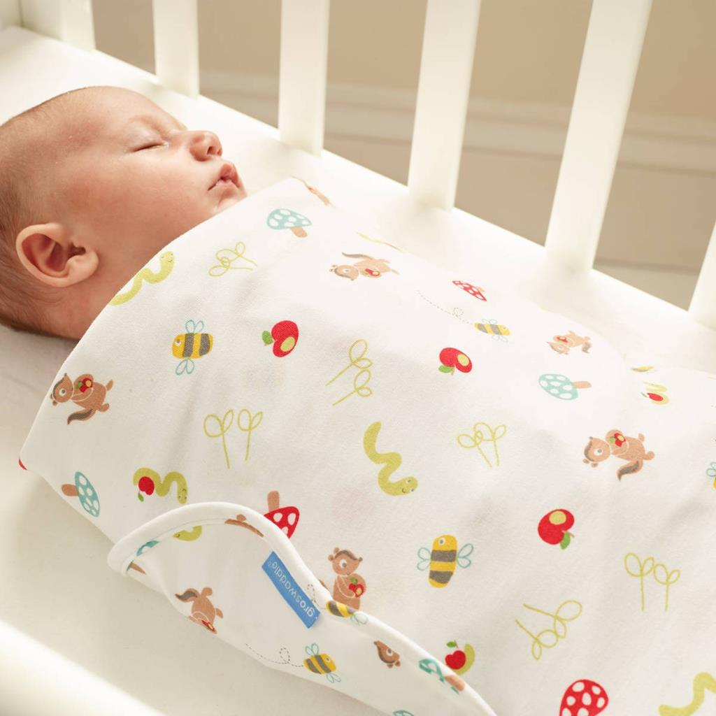 apple_of_my_eye_gro-swaddle2
