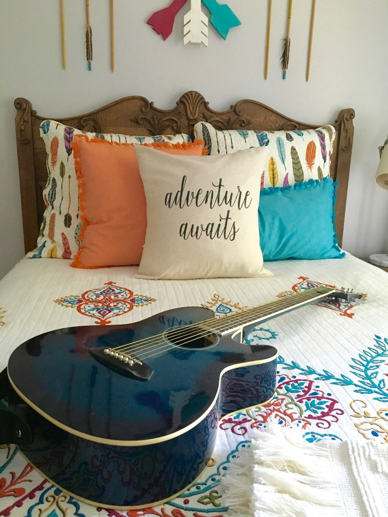 boho_chic_bohemian_bedding_bedroom_teen_makeover_elepahont_decor_adventure_bedding_arrows