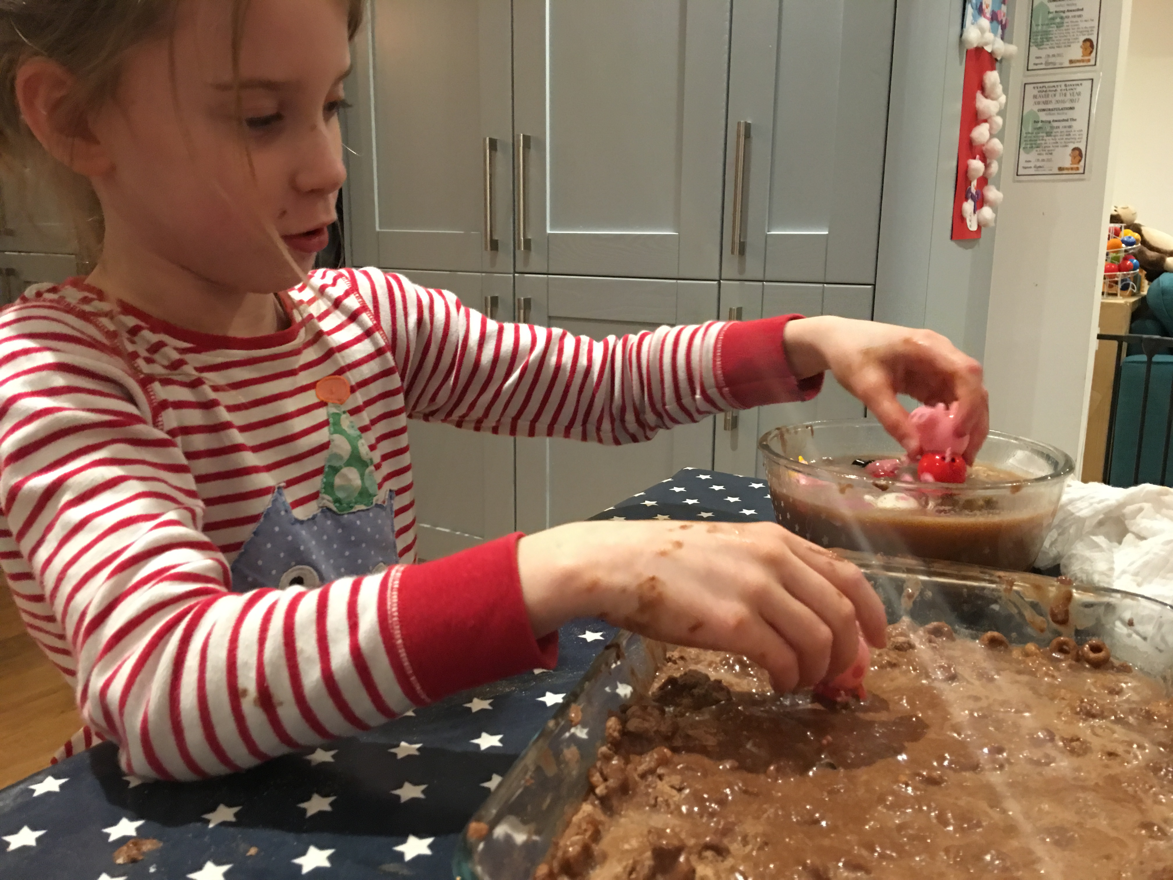 play with edible mud