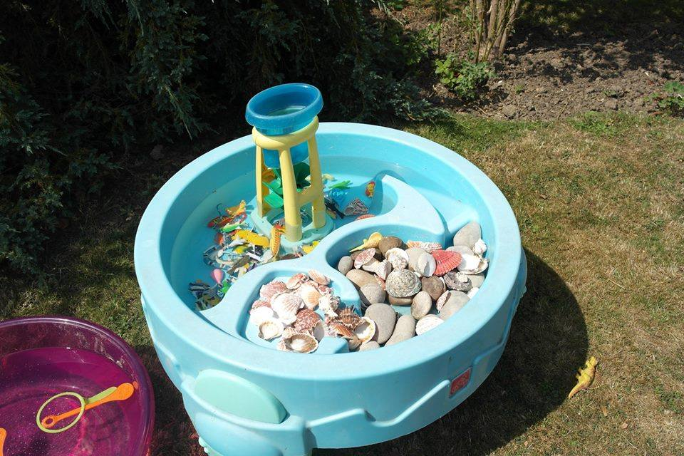 Beach themed water table